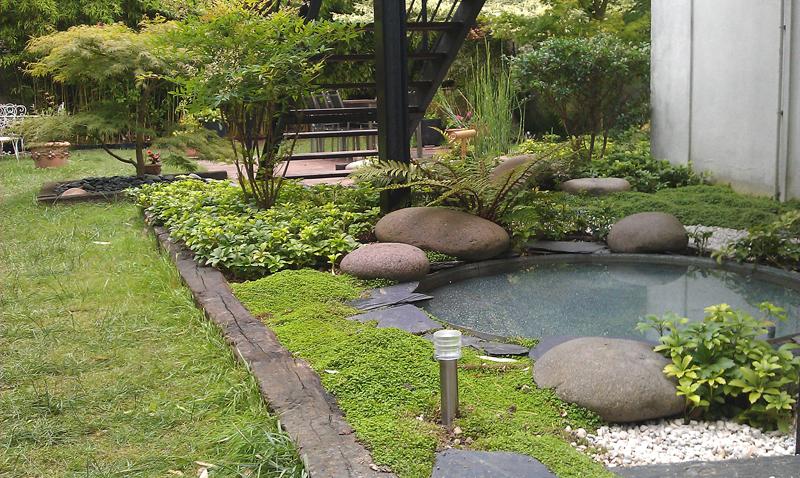 Best fontaine jardin japonais bambou photos design for Jardin japonais fontaine